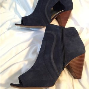Vince Cut out Booties